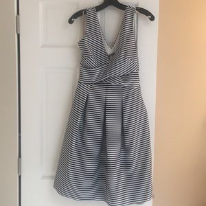 Halston Heritage size 0 navy & white striped dress